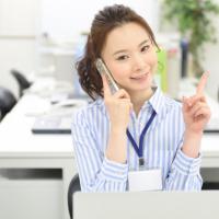 横浜市IT便利屋.com 障害が解消されて順調に仕事をする女性