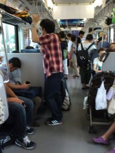 東海道本線 アクティー車内